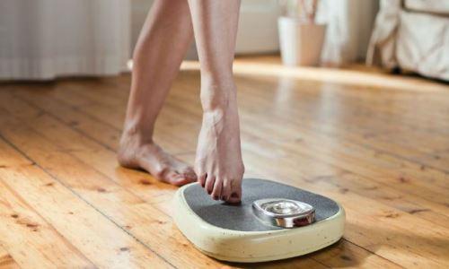 reducir peso durmiendo sin ropa