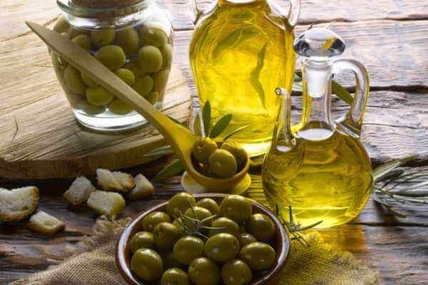 cuánto aceite de oliva al día se debe tomar