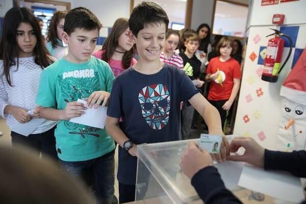 qué es la democracia para niños
